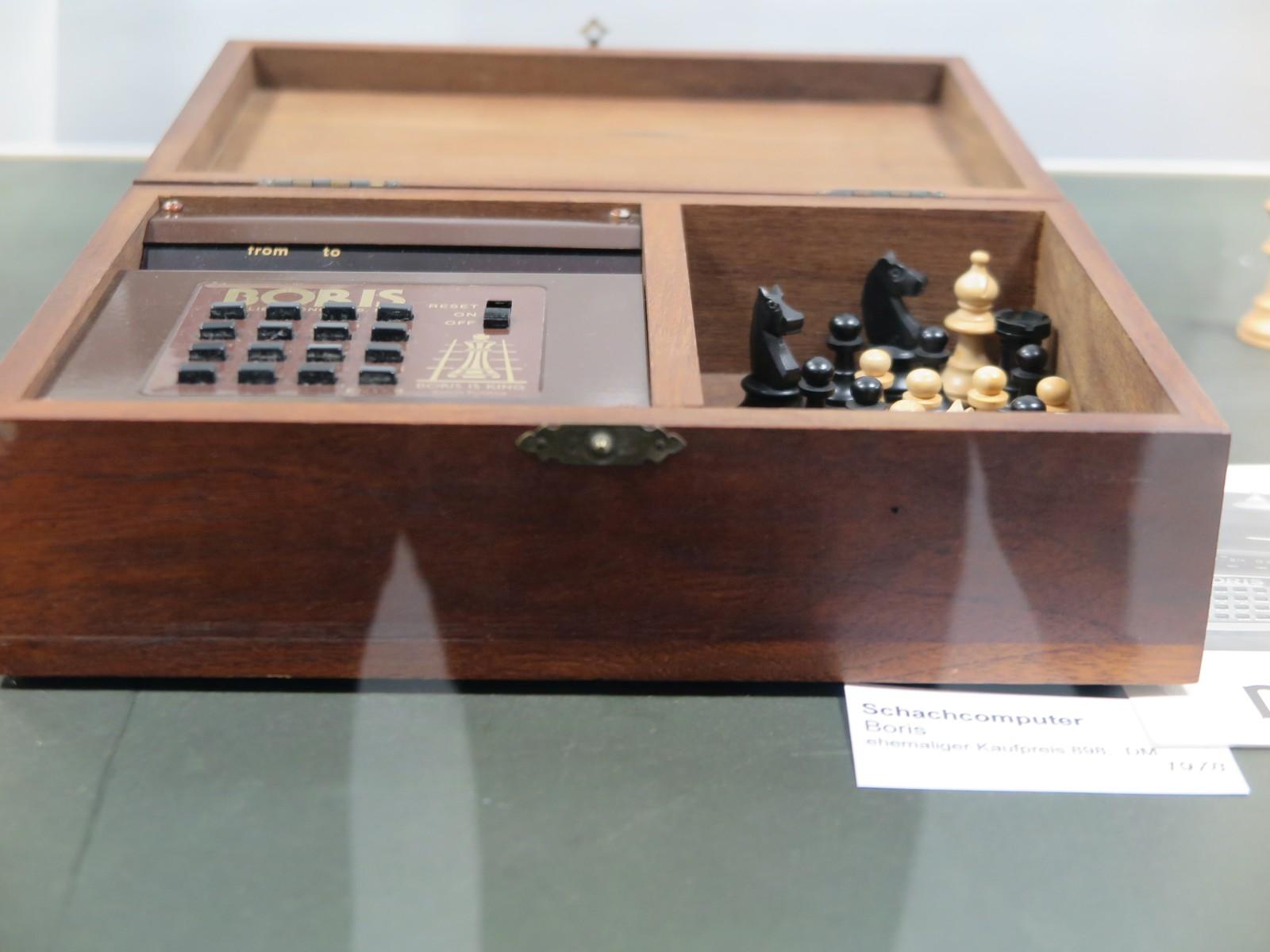 Schachcomputer Boris