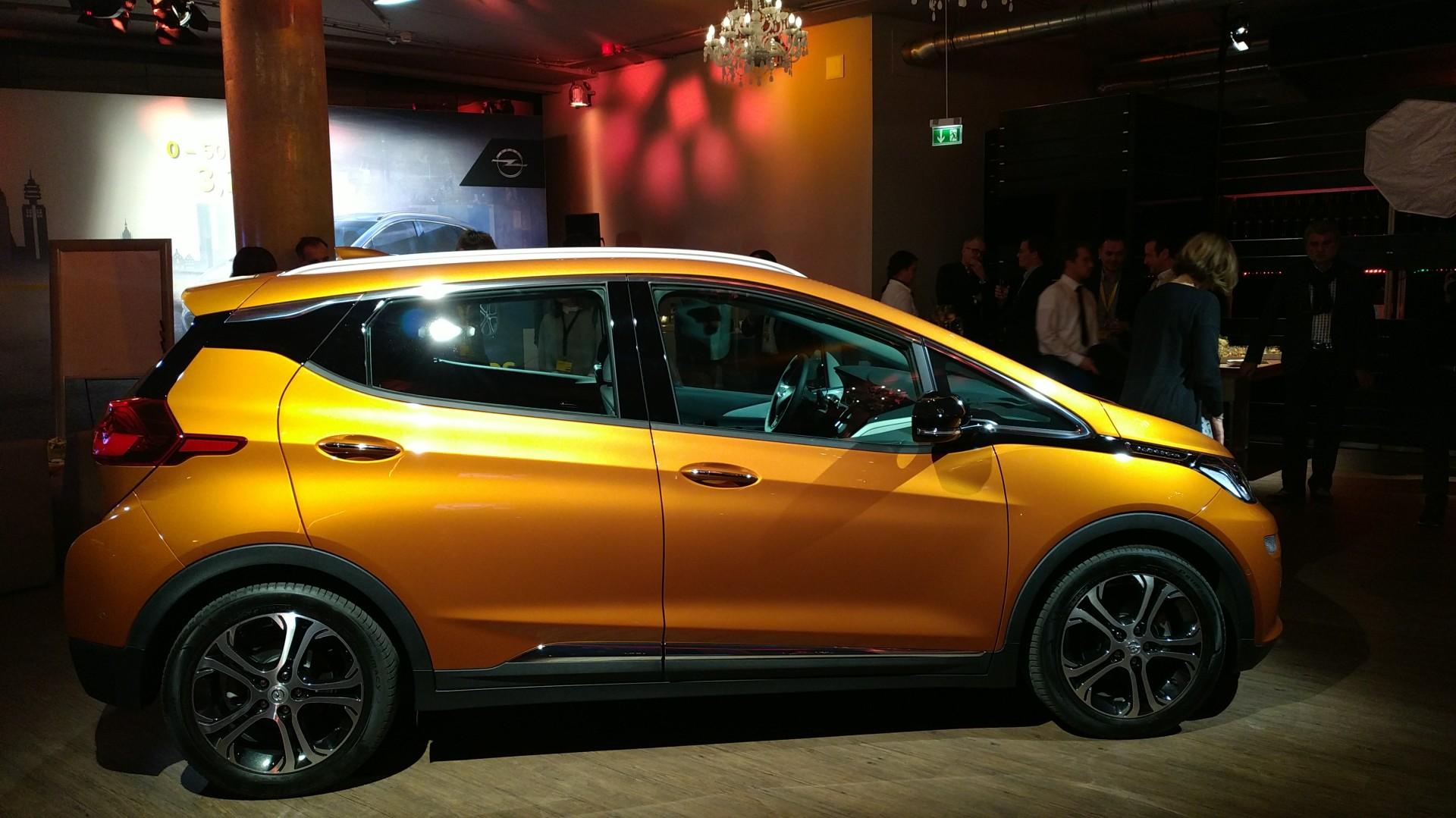 Opel Ampera-e seitlich