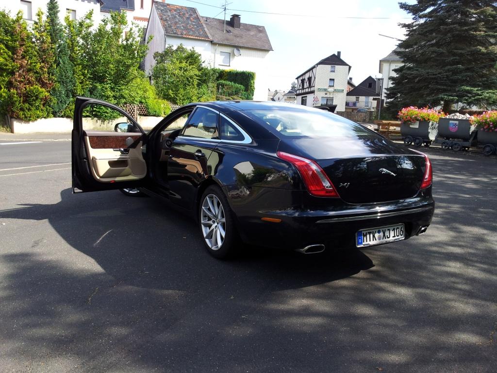 Jaguar XJ hinten