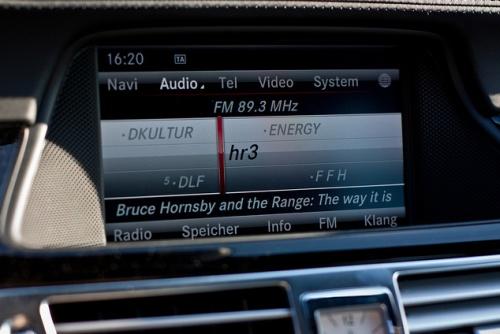 Mercedes Informationsscreen
